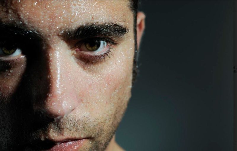 Men with Oily Skin: 5 Tips to Degrease